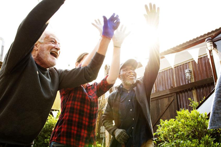 Peopleraising. Rapporto volontari – dipendenti, le regole base per gestirlo